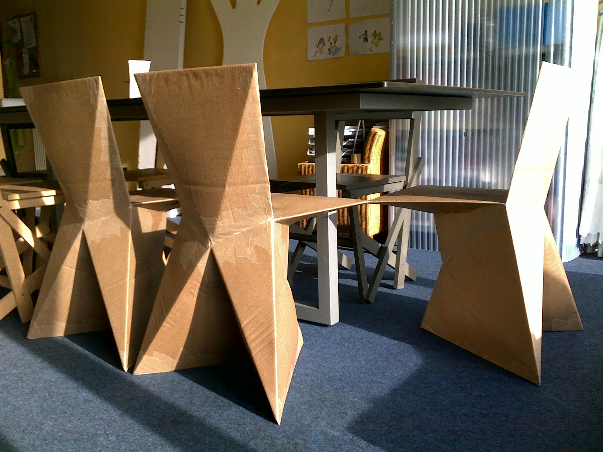 1000 images about cardboard chairs on pinterest for Flat pack muebles